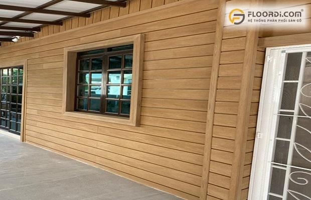 Tường ốp gỗ góp phần tạo nên vẻ đẹp hoàn hảo cho toàn bộ không gian ngôi nhà